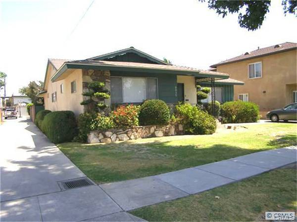 8031-8035 Cole Street Downey – 4 Houses